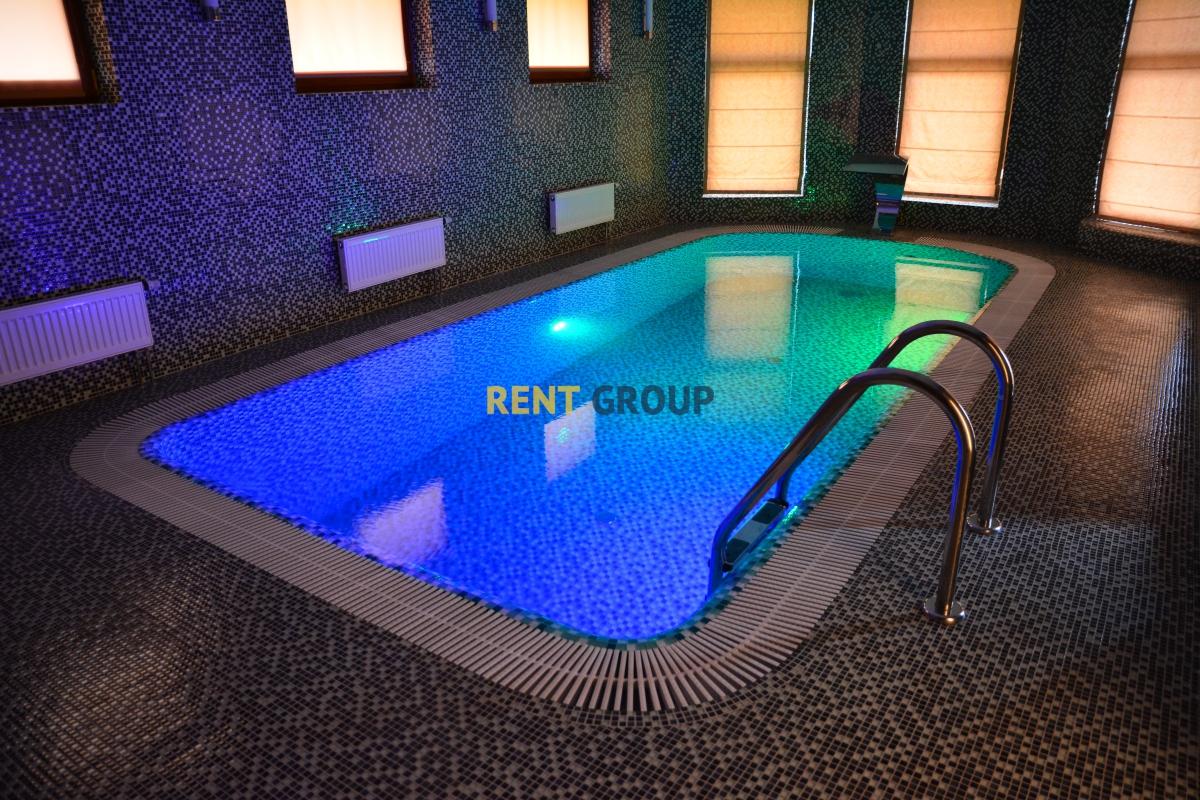 Коттедж премиум класса с бассейном